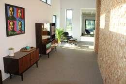 Dom ZESTAWNA : styl , w kategorii Korytarz, przedpokój zaprojektowany przez REFORM Konrad Grodziński