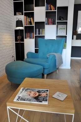 Nadwiślańska \ realizacja: styl , w kategorii Salon zaprojektowany przez NIESKROMNE PROGI