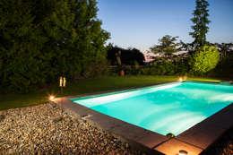 Zwembad: moderne Tuin door Gernell Hoveniers