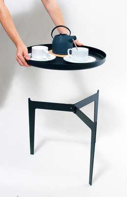 Angolo Design: minimal tarz tarz Oturma Odası