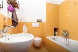 modern Bathroom by barbarapenninoarchitetto