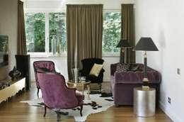 SASKA KĘPA: styl , w kategorii Salon zaprojektowany przez INSPACE