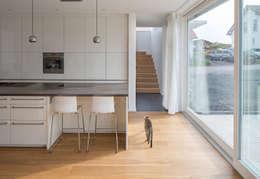 Кухни в . Автор – Bau Eins Architekten BDA