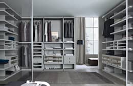 modern Dressing room by Lamco Design LTD