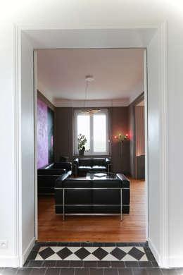 salon après: Salon de style de style Moderne par ALM Archi Design