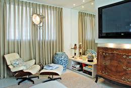 Livings de estilo moderno por Neoarch