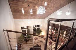 moderne Wohnzimmer von Александр Михайлик