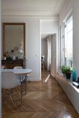 Appartement Martel, Paris 10e: Salle à manger de style de style Minimaliste par Ramsés Salazar Architecte