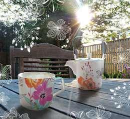 Dzbanek z kubkiem Tea for One Białe Kwiaty : styl , w kategorii Kuchnia zaprojektowany przez Silly Design - prezentowa porcelana