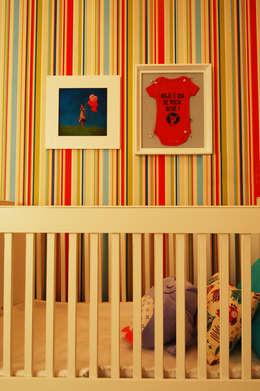 Recámaras infantiles de estilo moderno por Sandro Clemes