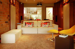 CASA MM   MM HOUSE: Salas de estar modernas por Sandro Clemes