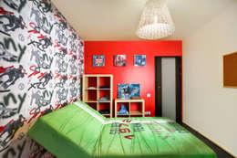 Проект 3х комнатной квартиры-студии 95 м²: Детские комнаты в . Автор – SAZONOVA group