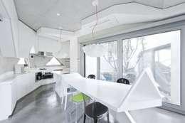 modern Kitchen by IROJE KIMHYOMAN