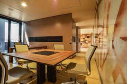 Estudio de estilo  por Studio Merlini Architectural Concept