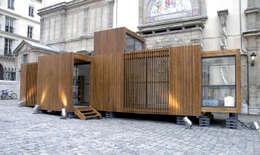 drophouse: Maisons de style de style Moderne par D3 architectes