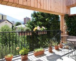 Transformation zum Zweiparteienhaus:  Terrasse von Architekt Daniel Fügenschuh ZT GMBH