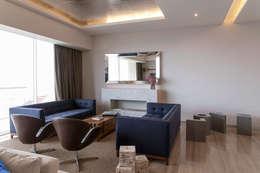 Departamento GC: Salas de estilo moderno por kababie arquitectos