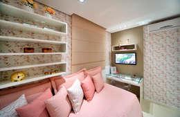 Projekty,  Sypialnia zaprojektowane przez Evviva Bertolini