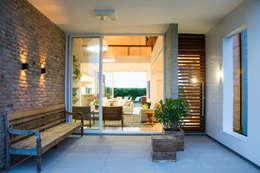 Projekty,  Taras zaprojektowane przez SBARDELOTTO ARQUITETURA
