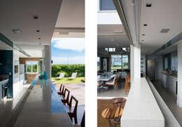 Projekty,  Kuchnia zaprojektowane przez SBARDELOTTO ARQUITETURA