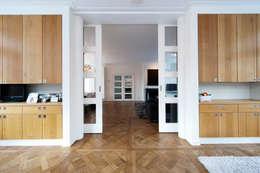 Begeleiden verbouwing,  interieur-voorstel en levering van de meubels: moderne Serre door Mood Interieur