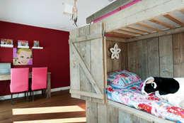 Begeleiden verbouwing,  interieur-voorstel en levering van de meubels: scandinavische Kinderkamer door Mood Interieur