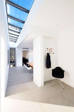 Corridor, hallway by Philipp Architekten - Anna Philipp