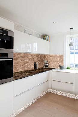 Cucina in stile in stile Moderno di Spazio3Design