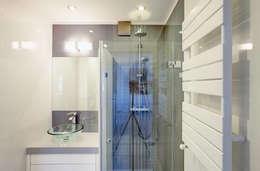 moderne Badezimmer von DK architektura wnętrz