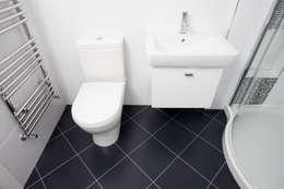 Ванные комнаты в . Автор – A1 Lofts and Extensions