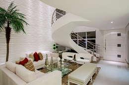 Salas de estilo moderno por Designer de Interiores e Paisagista Iara Kílaris