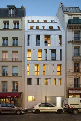 MAAST / RUE DES POISSONNIERS: Maisons de style de style Moderne par maast