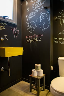 lavabo cool: Banheiros modernos por Leticia Sá Arquitetos