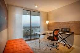 Departamento en Pedemonte: Estudios y oficinas de estilo moderno por Cohen - Reig Arquitectura & Interiorismo