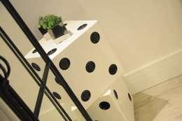 Sala de Jogos: Salas de estar modernas por Renata Amado Arquitetura de Interiores