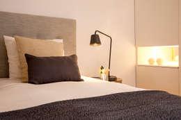 Dormitorios de estilo  por Home Staging Factory