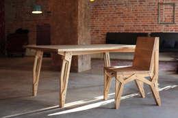 industrial Dining room تنفيذ ROARHIDE Industrial designs