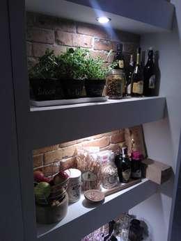 Bodegas de vino de estilo rústico por ITA Poland s.c.