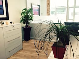 Oficinas y Tiendas de estilo  por Spazio3Design