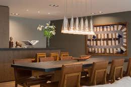Salas de jantar ecléticas por Ezequiel Farca