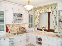 ZAFER MİMARLIK ve MOBİLYA SAN. – Patinalı meşe mutfak dolabı: rustik tarz tarz Mutfak