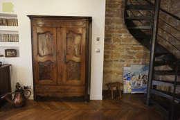 Rénovation appartement A. Lyon (6ème): Salon de style de style Moderne par Marion Bochirol Architecte d'Intérieur CFAI