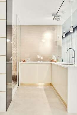 modern Kitchen by Catarina Batista Studio