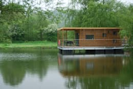 modern Houses by Floating Habitats T/A AQUASHELL
