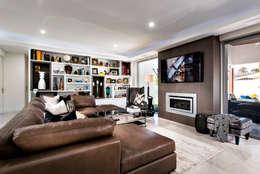 Projekty,  Salon zaprojektowane przez Moda Interiors
