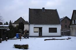 Casas modernas por Rathscheck Schiefer und Dach-Systeme ZN der Wilh. Werhahn KG Neuss