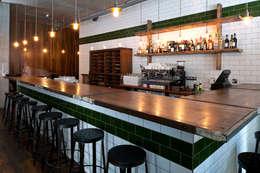Bares y clubs de estilo  por Terry Design