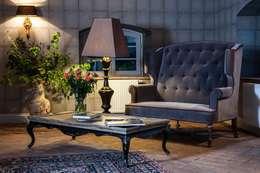Meble : styl , w kategorii Salon zaprojektowany przez Maison de Rome INTERIOR DSIGN