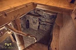 Wejście Do Piwniczki, Schody drewniane: styl , w kategorii Piwnica win zaprojektowany przez Twoje Miejsce