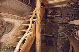 Schody drewniane, piwniczka: styl , w kategorii Piwnica win zaprojektowany przez Twoje Miejsce